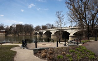 image of confluence park